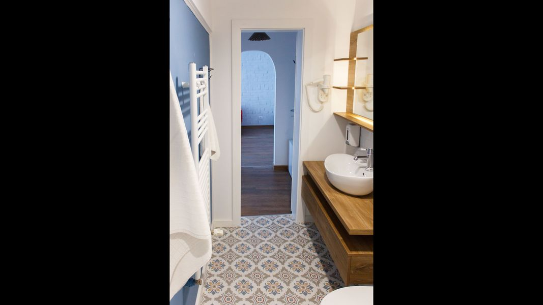 Apartment - Designer Apartment - Victoria Avenue