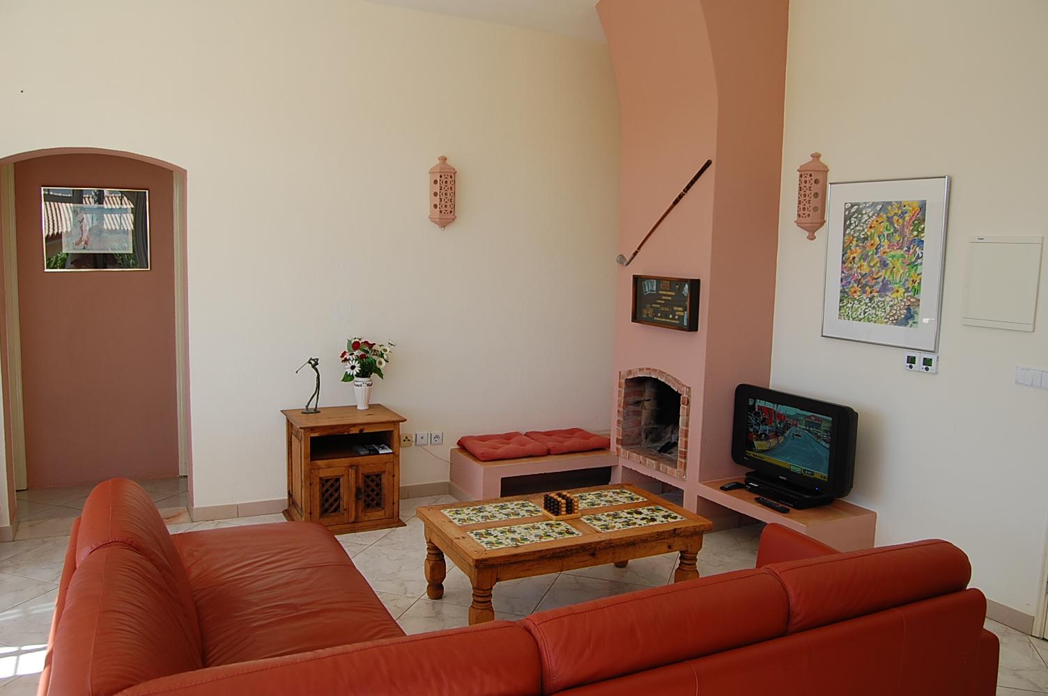 Ferienhaus Bungalow, im schönen Garten ein Pool auch für die 2 Wohnungen, sehr ruhiger Ort (2377732), Luz, , Algarve, Portugal, Bild 8