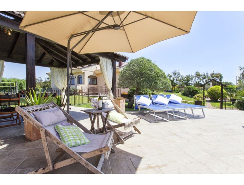Alghero, Villa Mariposa with swimming pool for 12/14 people