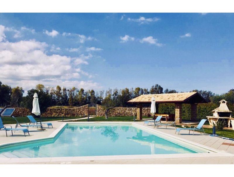 Alghero, Villa degli Eucalipti with swimming pool