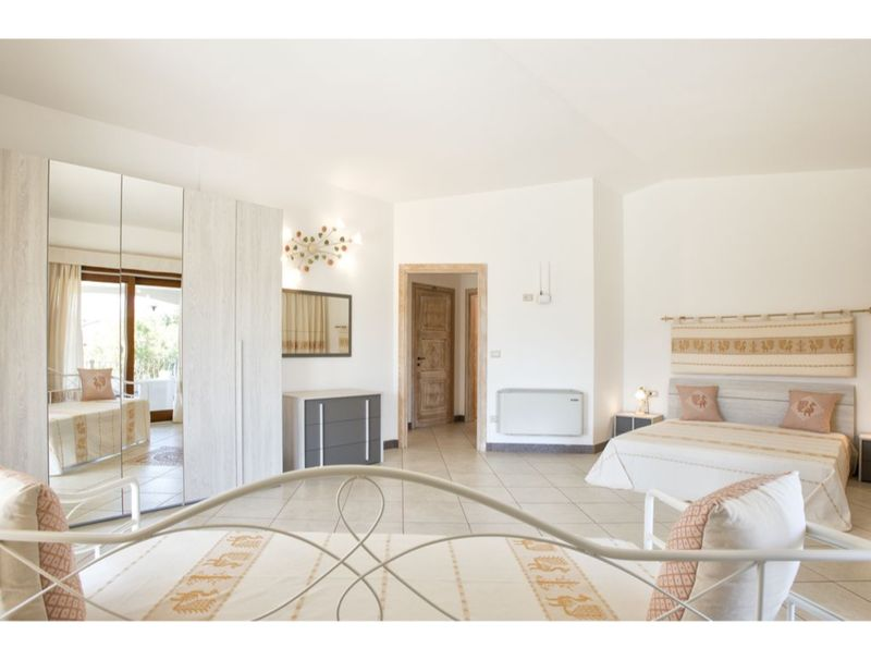 Alghero, Villa Janas for 12 people with private pool