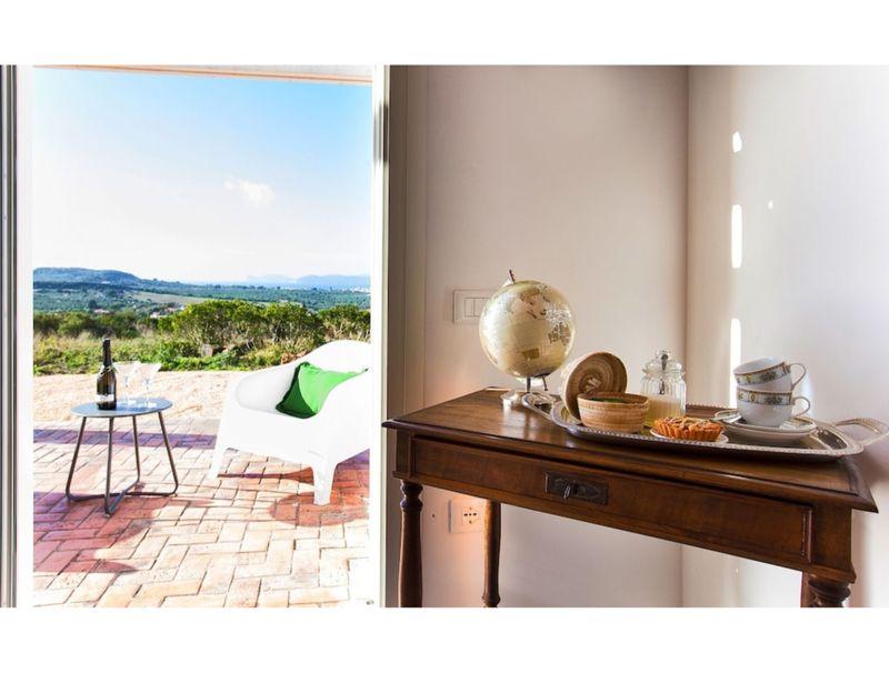Alghero, Villa Carrabuffas for 8 people with sea view