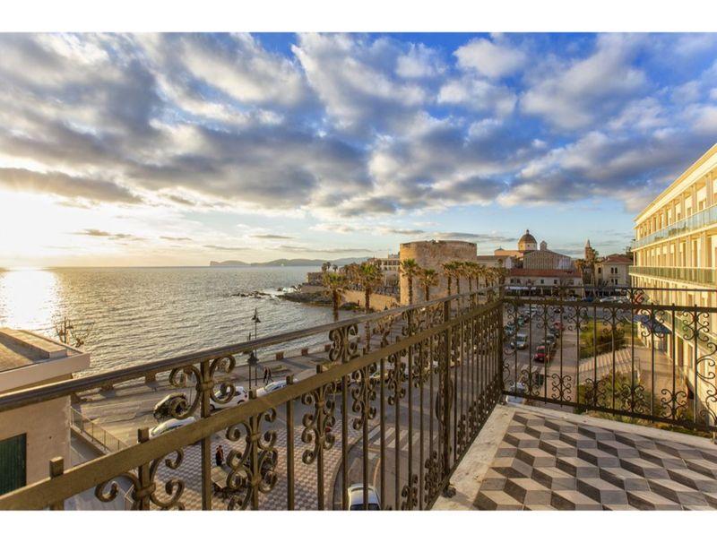 Alghero, Liberty Penthouse classic luxury in a context of maximum prestige