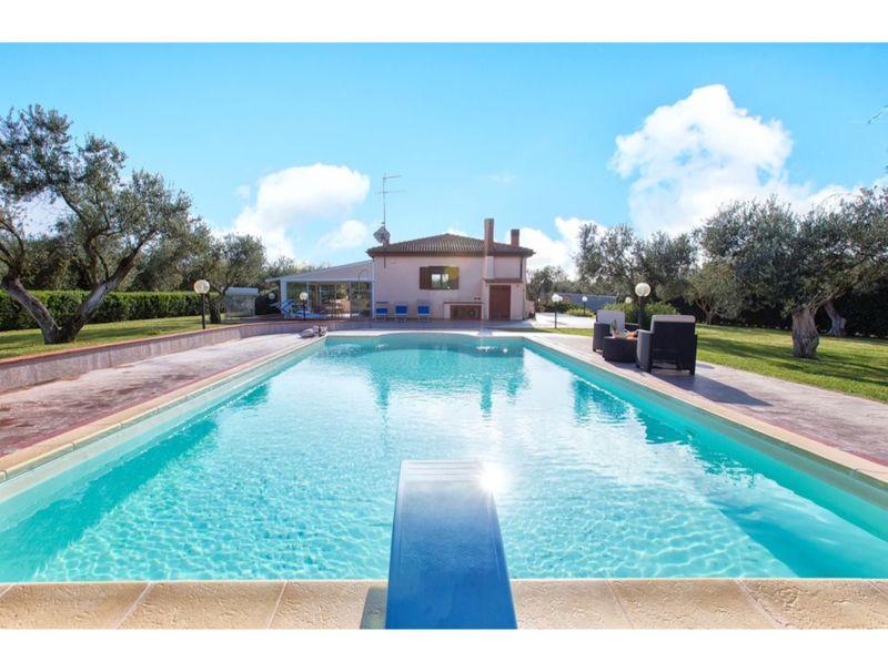 Alghero, Villa Don Carlos con piscina per 10 persone