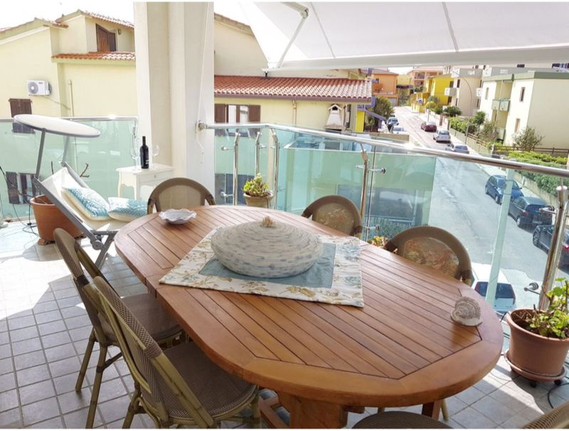 Oltremare apartment with large veranda for 6 people