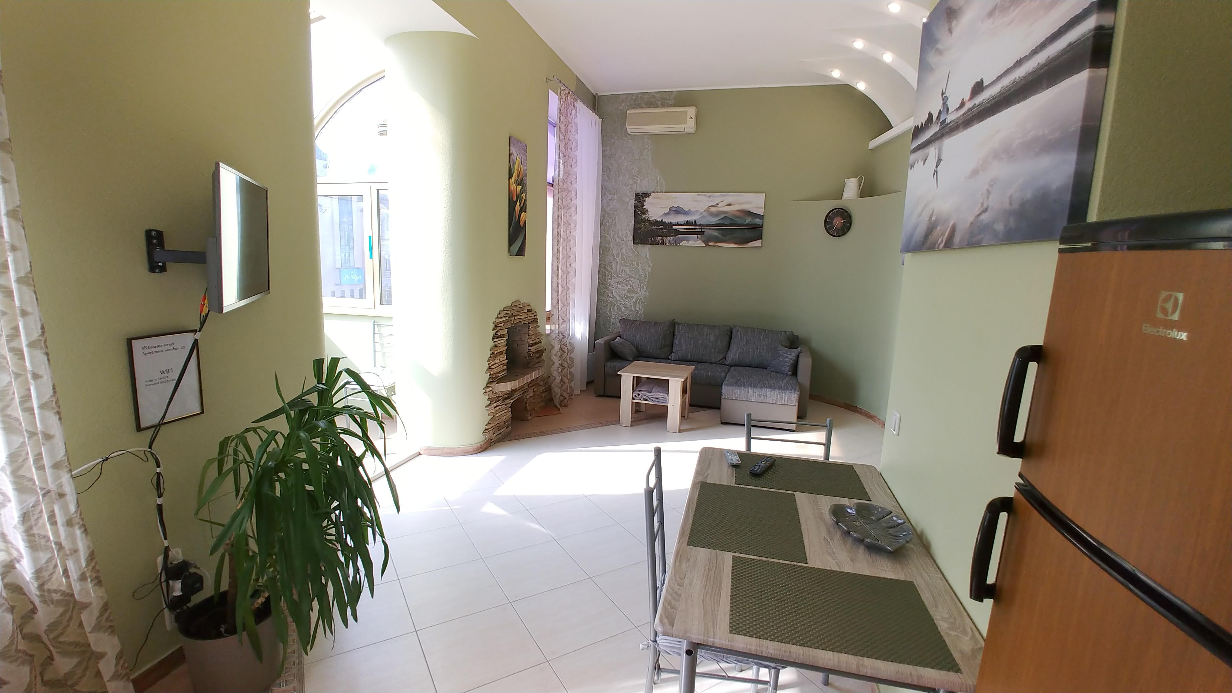 Ein Schlafzimmer Luxe 5b Baseina str In der Nahe von Arena City