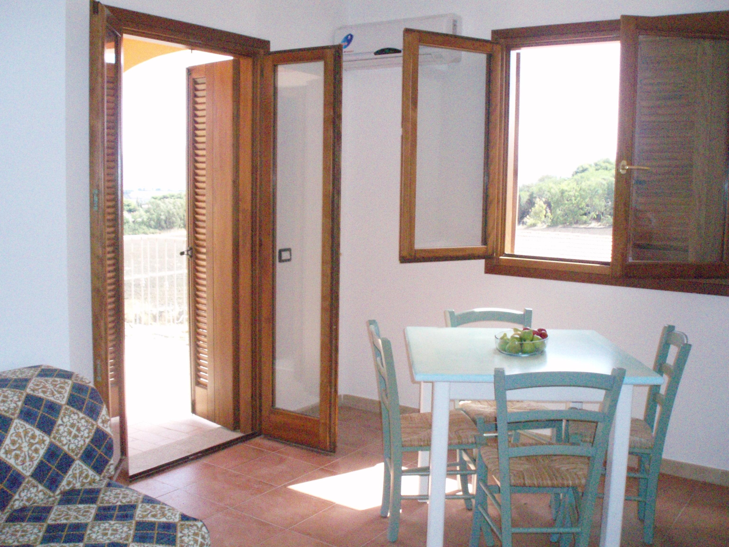 Ferienwohnung Moderne 1-bett-wohnung (Schlaf 4) Meerblick nur 700 Meter vom Meer entfernt (2377769), La Muddizza, Sassari, Sardinien, Italien, Bild 2