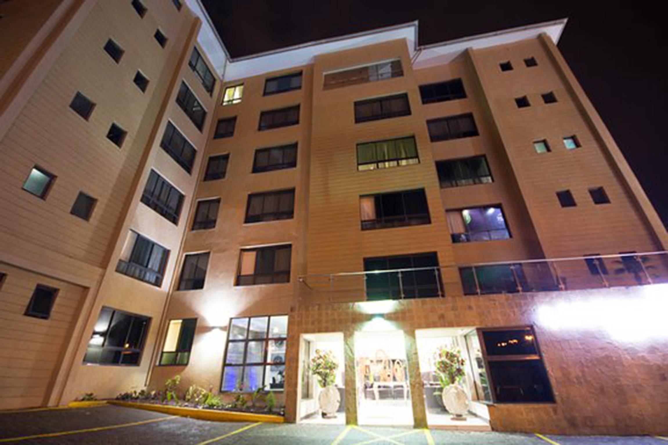 Wundervolles Penthouse mit 3 Schlafzimmern im Lankmark Suite Hotel