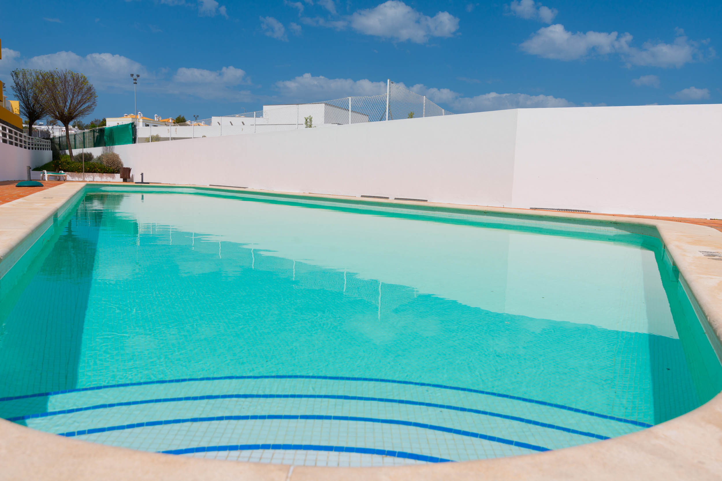 15min walk to Cabanas center, Pool, Wifi, Bbq and air-conditioning