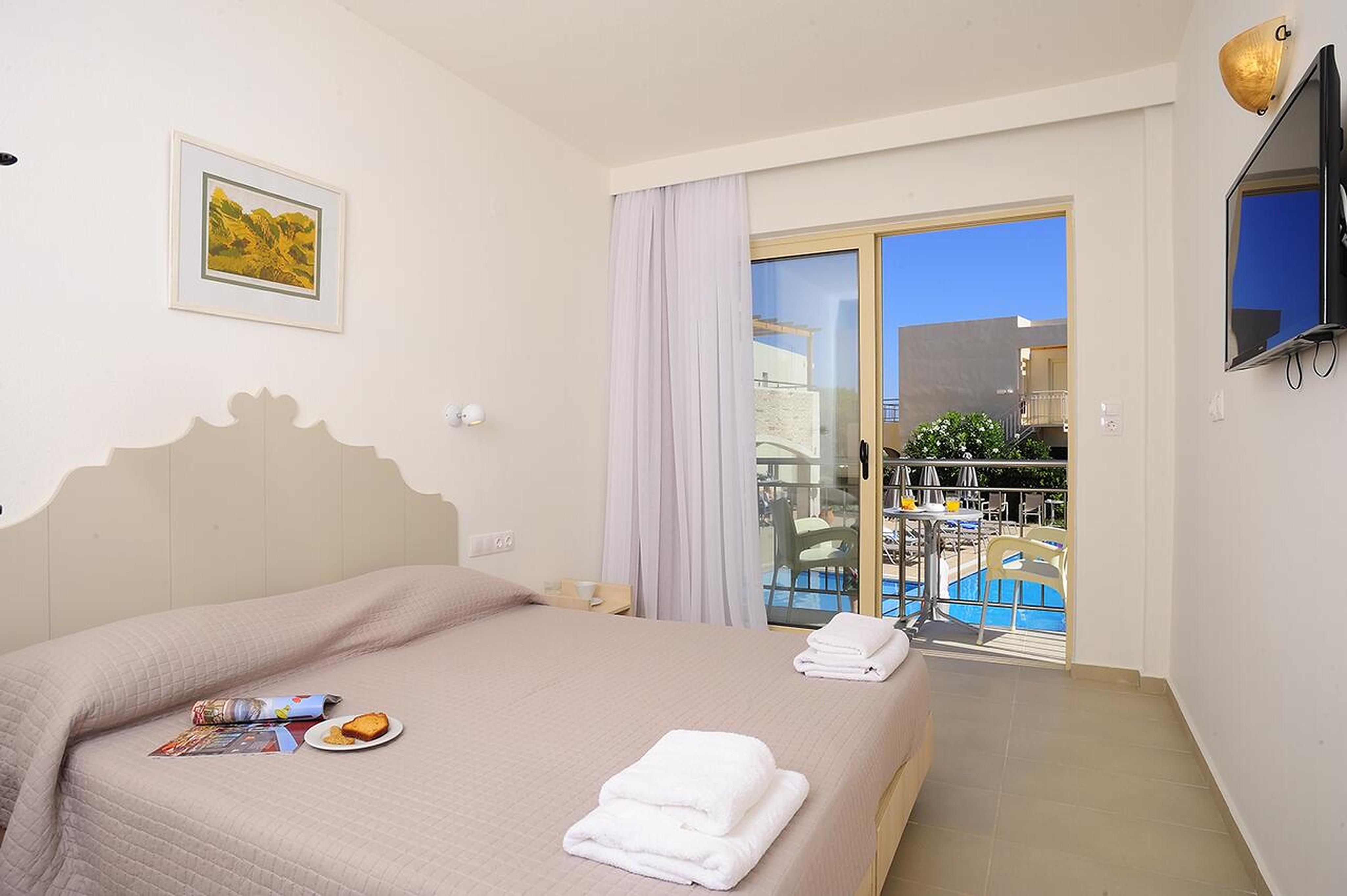 Maravel Star Art Hotel Schones Zimmer fur bis zu 3 Personen am Strand