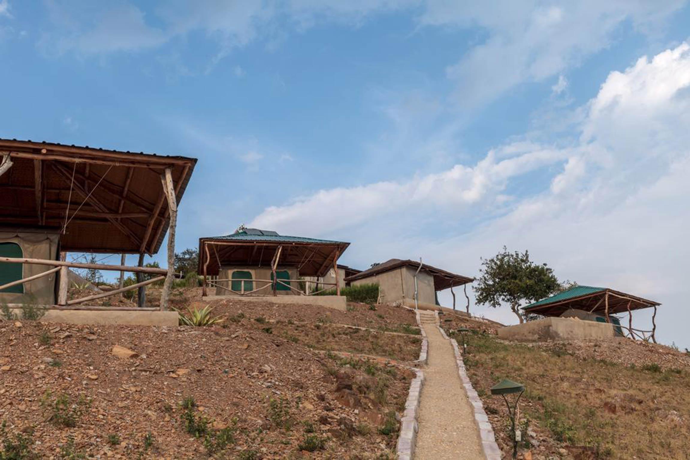 bernachten Sie hier und genieen Sie die atemberaubende Aussicht auf den Lake Mburo National Park