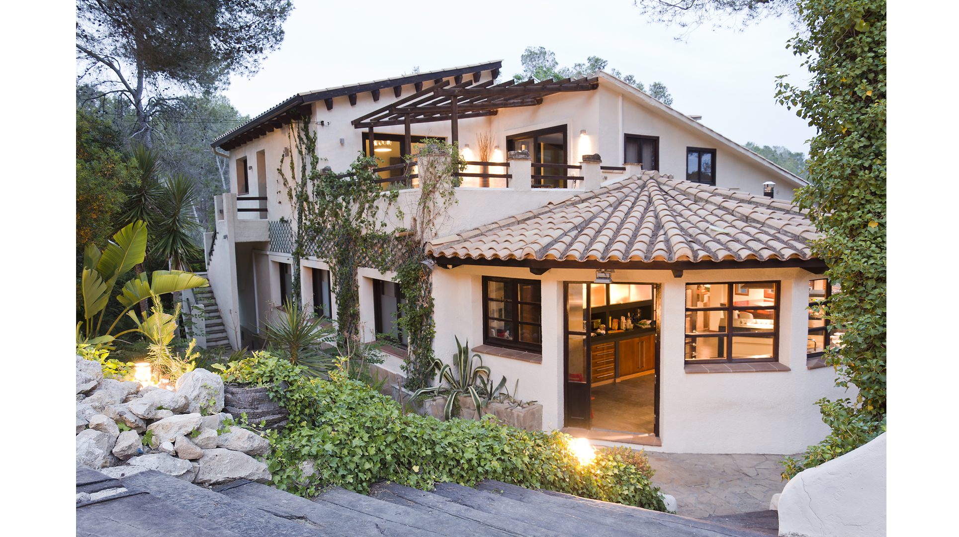 Ferienhaus Villa Palmera, Paradies in der Nhe von Barcelona, luxurise Villa fr 22 Personen (2379177), Olivella, Costa del Garraf, Katalonien, Spanien, Bild 2