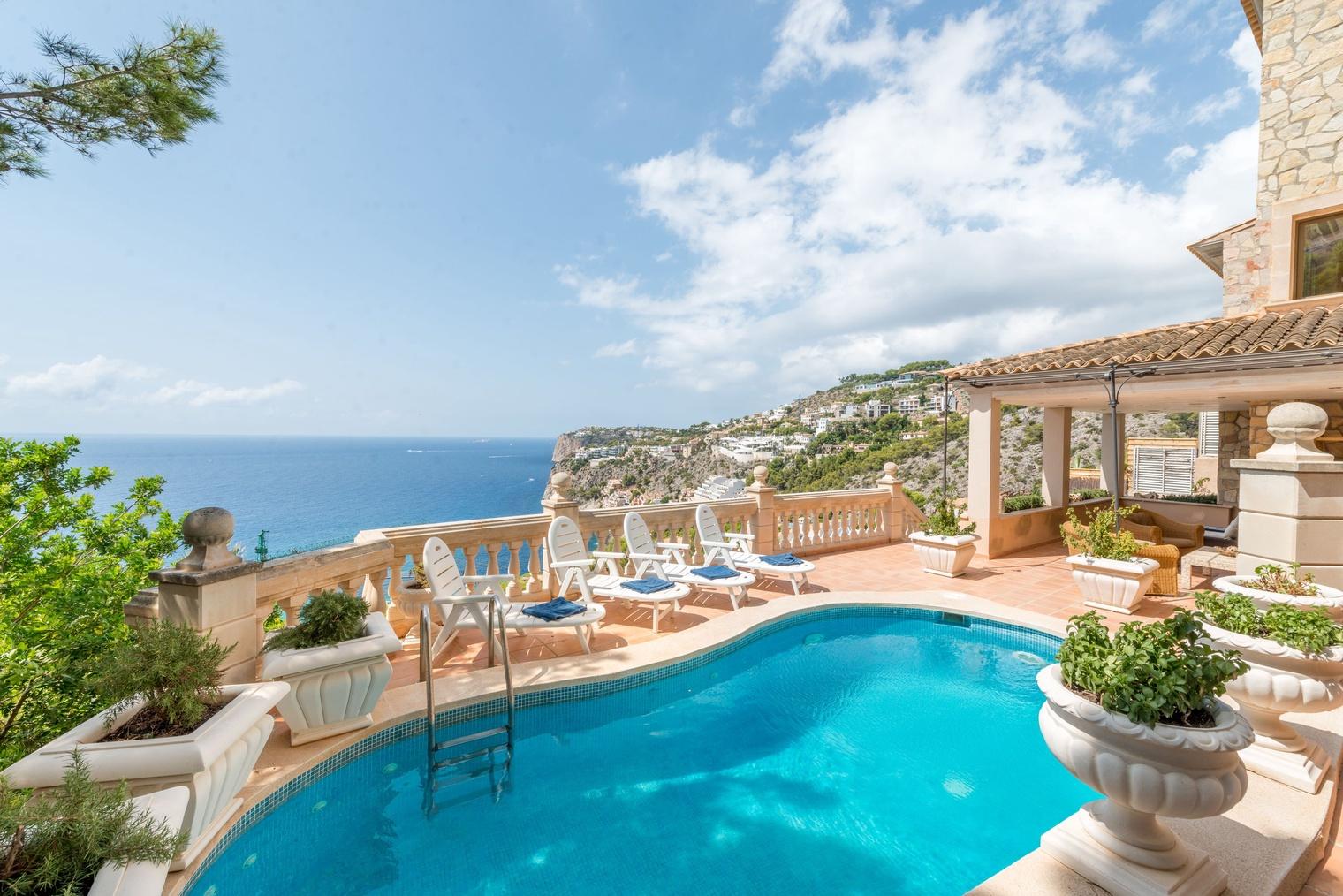 Direkt am Meer mit Panoramablick Villa Cala Llamp