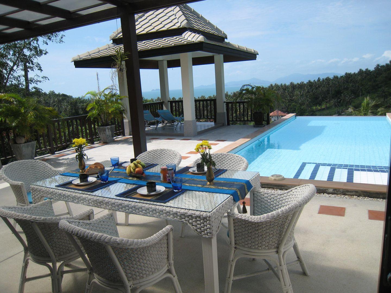 Luxurises Haus mit Meerblick - 2 Swimmingpools