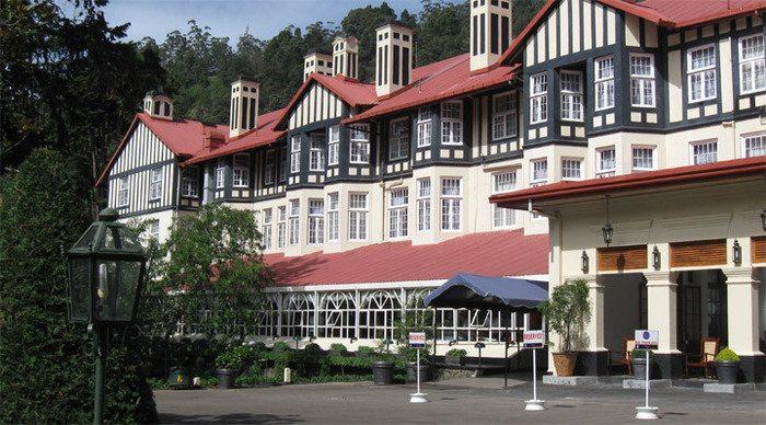 Grand hotel 4 deluxe room nuwara eliya sri lanka - Grand hotel sri lanka ...