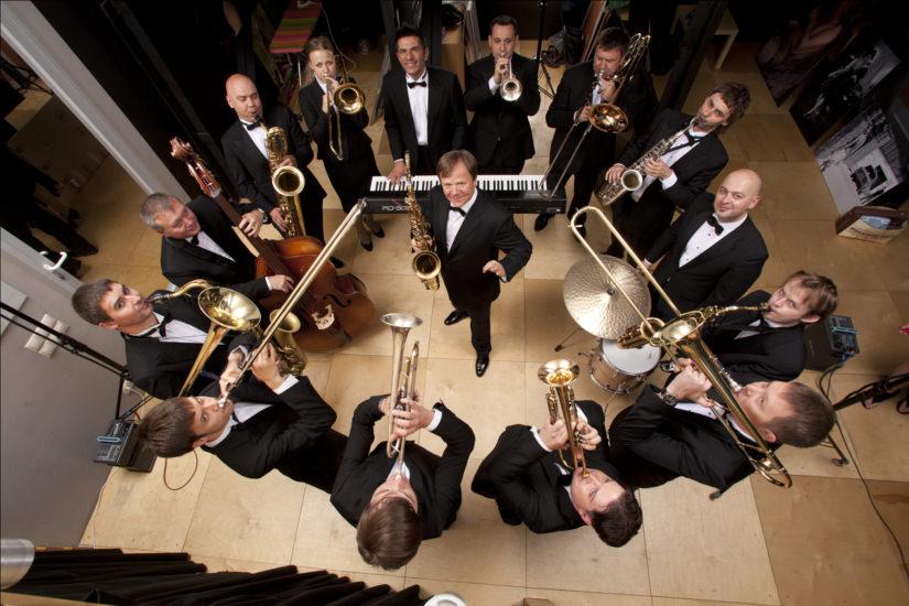 Где встретить Новый год в Москве Биг-бэнд Игоря Бутмана JazzPeople | Концерт для Деда Мороза с оркестром