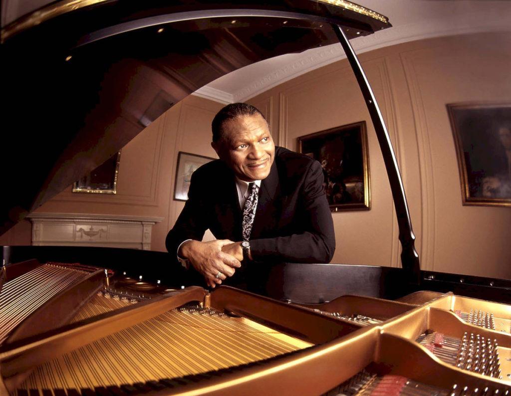 Маккой Тайнер McCoy Tyner 10 лучших джазовых пианистов JazzPeople