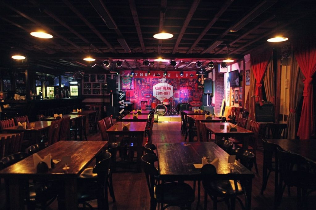 Rhythm&Blues Cafe / Ритм Блюз Кафе