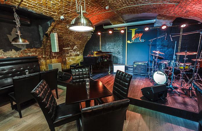 Рок клубы москвы живая музыка коломенская фитнес клуб москва