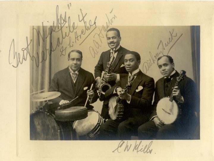 Первую джазовую запись сделали белые музыканты?