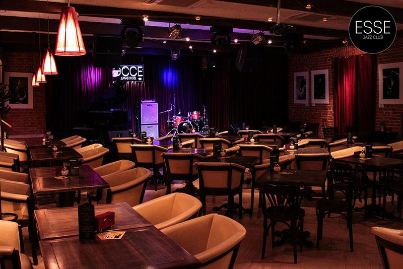 Джаз клубы лучшие в москве в каком клубе в москве много девушек