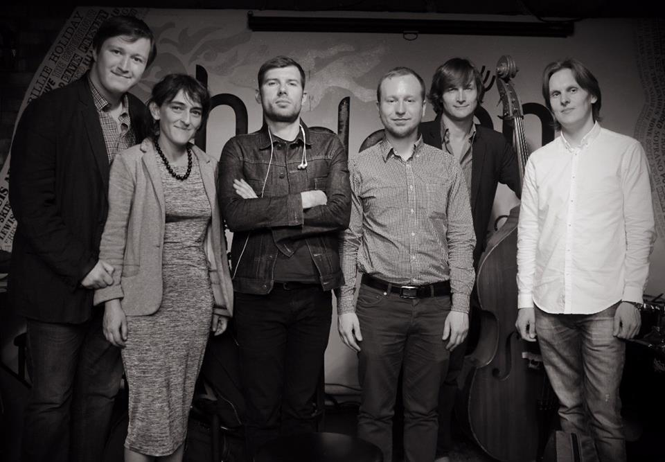 Наталья Скворцова с музыкантами Live People Ensemble и продюсером Виктором Радзиевским