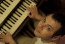 Владимир Нестеренко сыграет на хаммонд-ргане для гостей Джаза в саду Эрмитаж