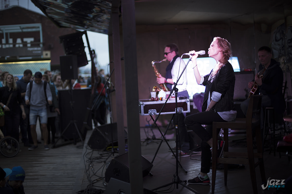 Саша Алмазова на крыше Hi-Hat - Non Cadenza Trio на Roof Music Fest