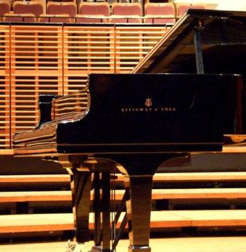 Московский Дом музыки приобрел 2 рояля Steinway & Sons