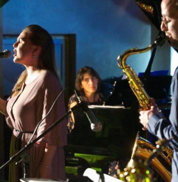 New Folk Trio в клубе Алексея Козлова