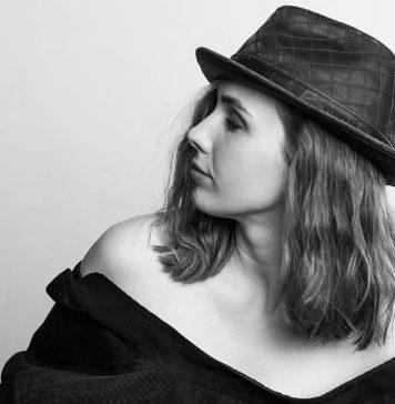 блиц-интервью с Катей Холмс