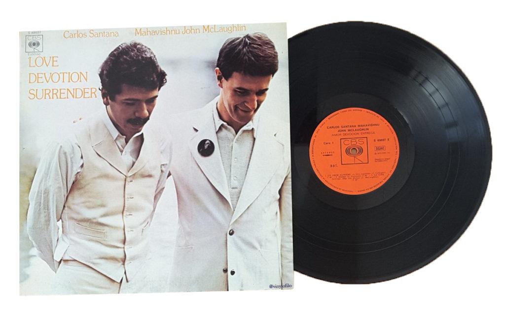 Лучшие фьюжн альбомы: Карлос Сантана и Махавишну Джон Маклафлин – альбом Love Devotion Surrender
