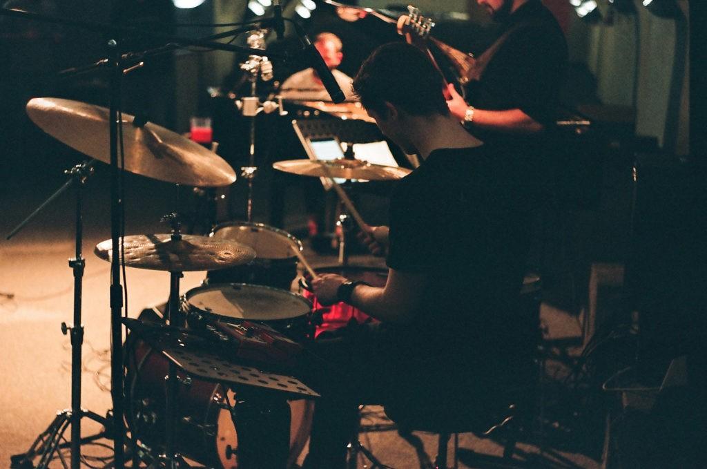 Джазовый пост-арт проект Pokaz Trio - новый альбом Kintsugi   JazzPeople