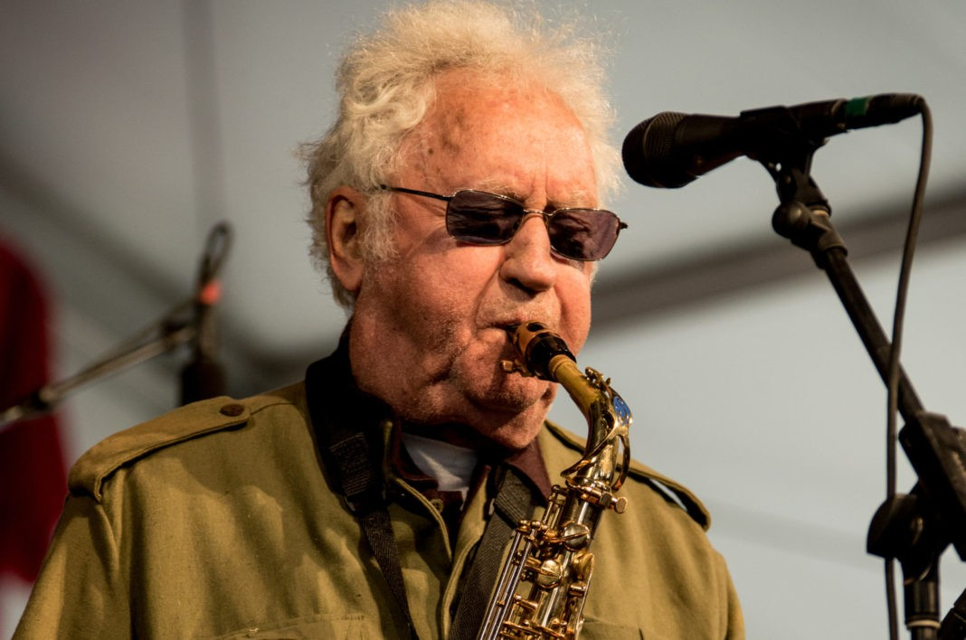 Джазовый музыкант Ли Кониц умер