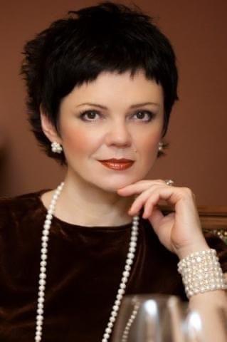 Елена Яловая