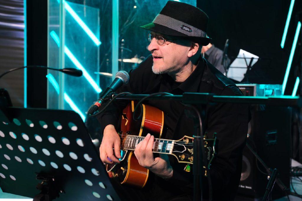 Валерий Степанов, фронтмен «Sirop Acoustic»