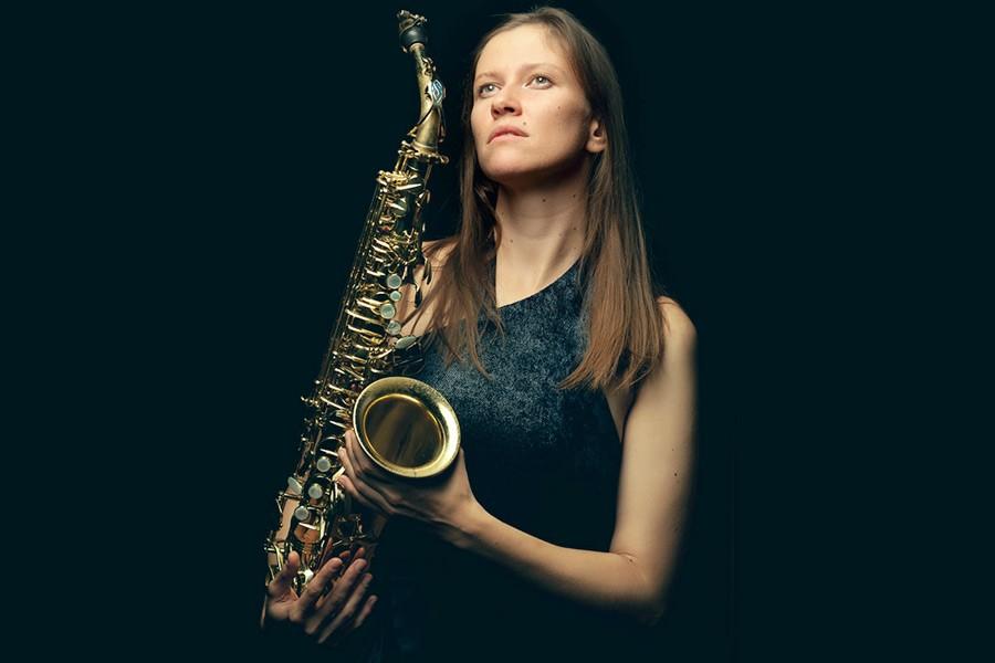 Анна Королева, джазовая саксофонистка