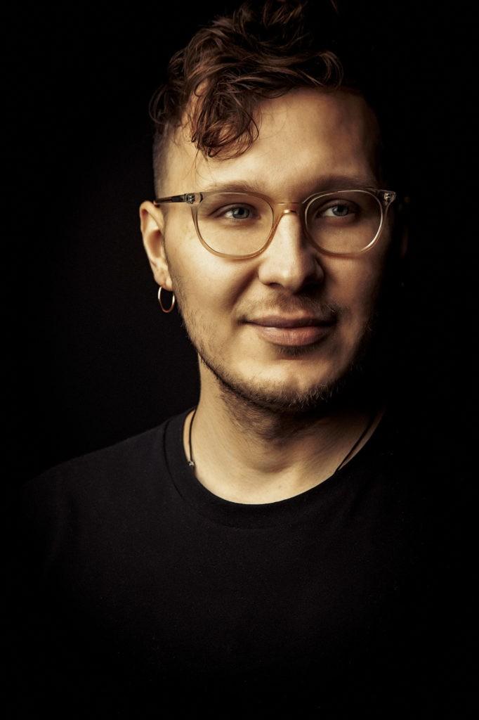 Антон Боярских