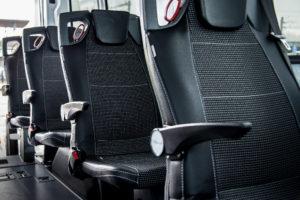 Ford erkent twee busombouwers
