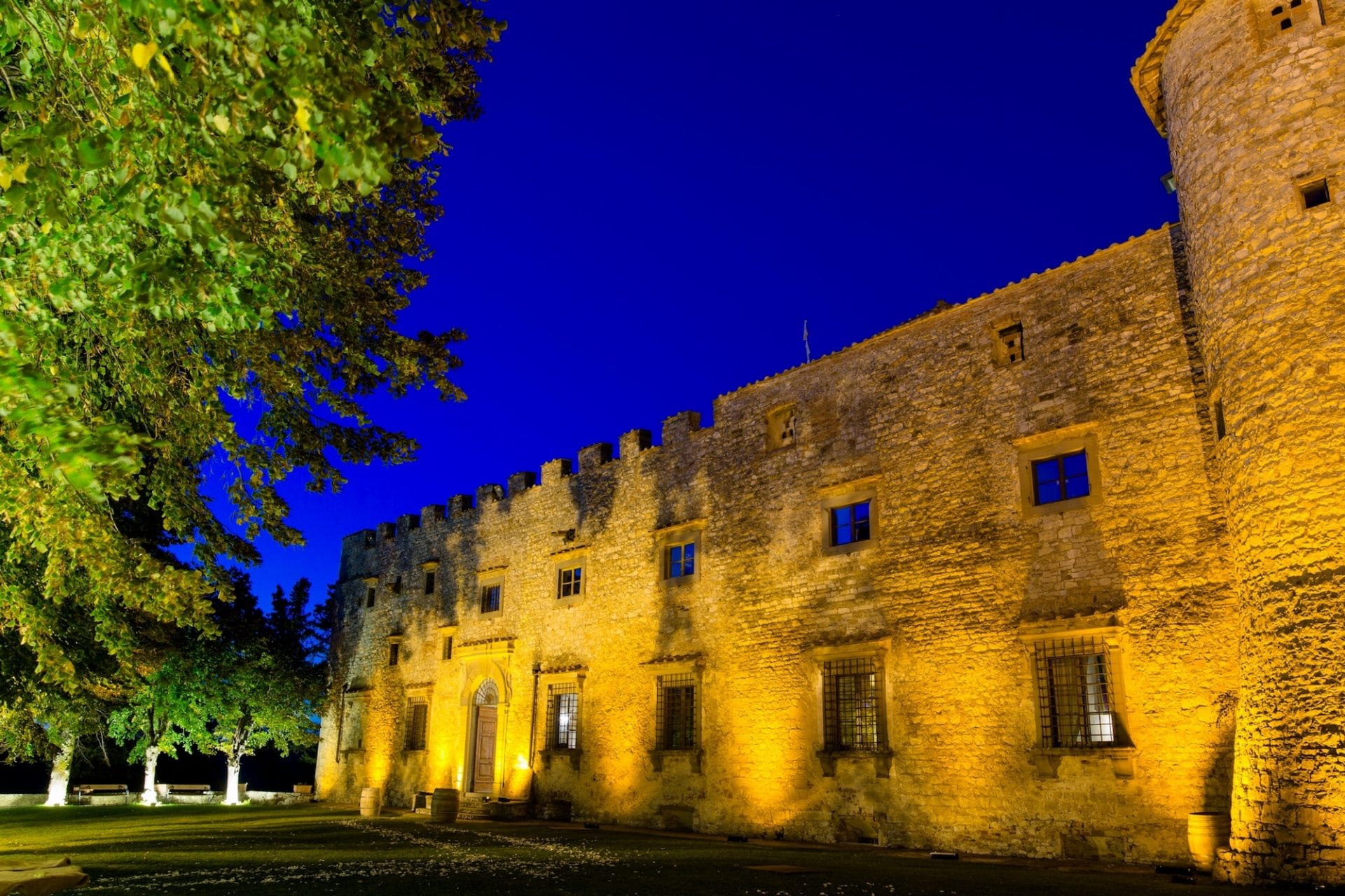 Castello castle di Meleto Kaleydo entertainment