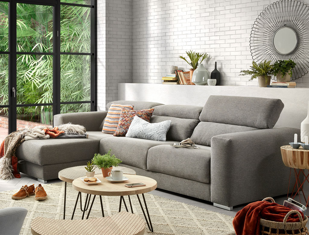 5 claves para decorar con cojines kave home for Decoracion de sofas