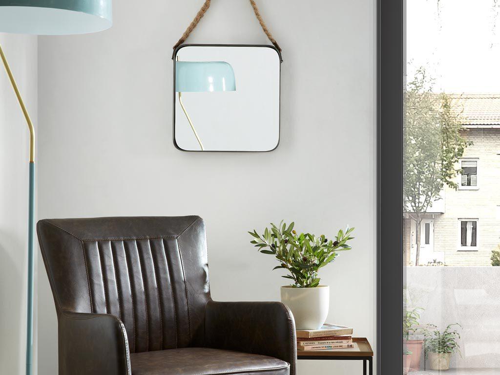 9 trucos para decorar con espejos kave home for Espejo kavehome