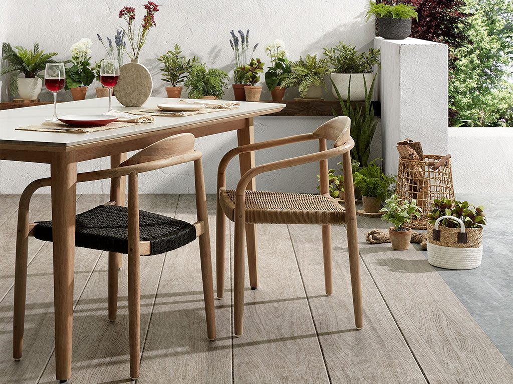exterior-diseño-outdoor-silla-madera-decoracion-interiorismo