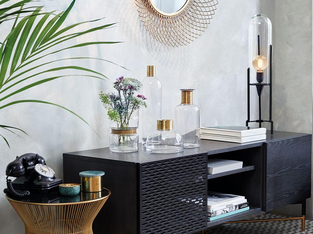 luz-lampara-iluminacion-interiorismo-diseño-decoracion-bombilla-cristal-alargado