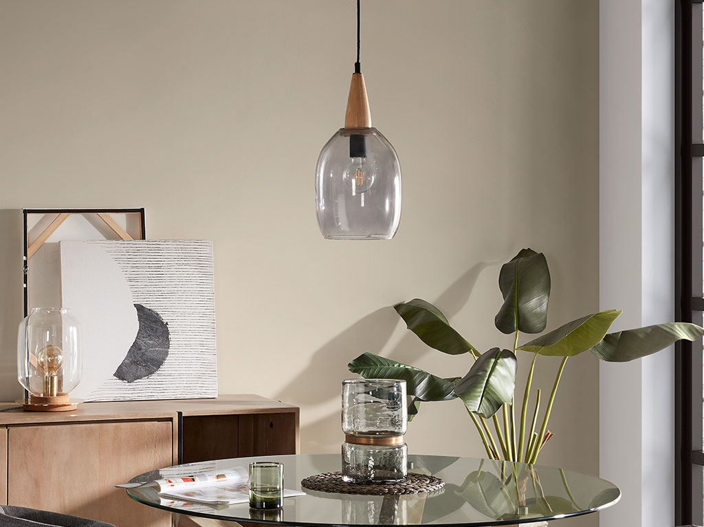 luz-lampara-iluminacion-interiorismo-diseño-decoracion-bombilla-cristal