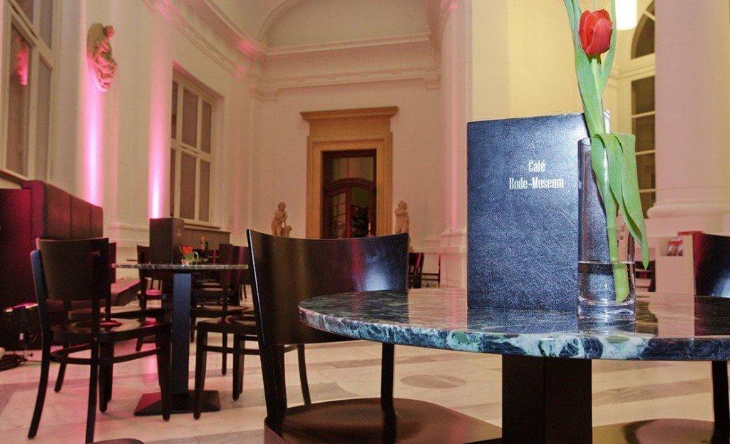 Café im Bodemuseum 10