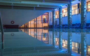 Flaine · Ferienwohnungen · Le Centaure - Pool