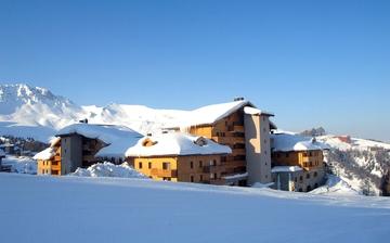 Ihre Ferienwohnung Sun Valley, direkt an der Piste inmitten des Skigebietes Paradiski La Plagne.  Skifahren in den französischen Alpen. Skiurlaub in Frankreich inkl Skipass.