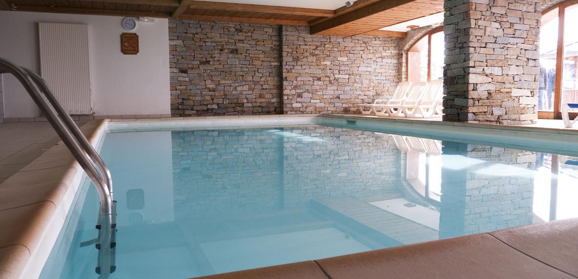 Pool  ∙ Ferienwohnungen, Les Menuires, Trois Vallees ∙ Les Chalets de l'Adonis