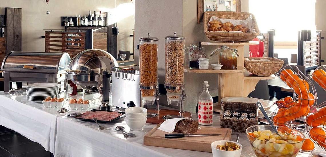 Hotel Les 3 Vallées · Val Thorens · Frühstücksbuffet
